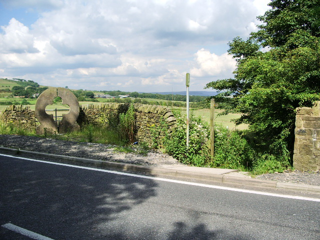 Footpath to Barrow Bridge
