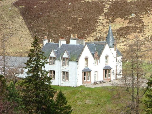 Garrogie Lodge