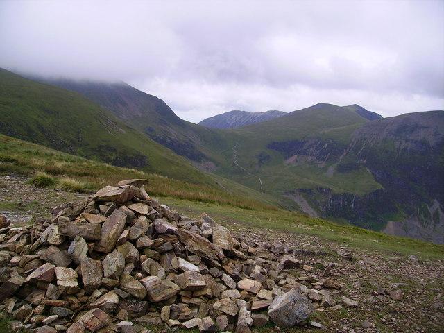 Summit Cairn, Scar Craggs