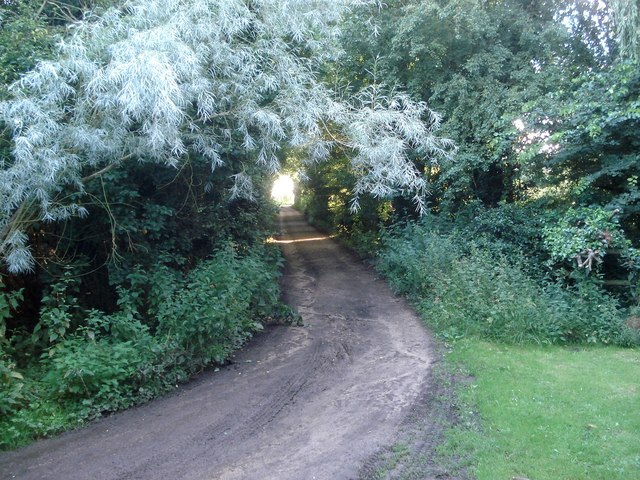 Canal towpath at Tunnel Farm