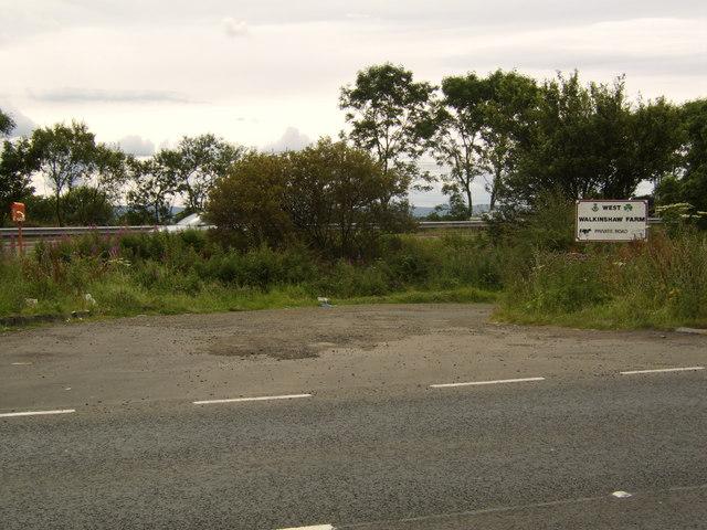 Road to West Walkinshaw Farm