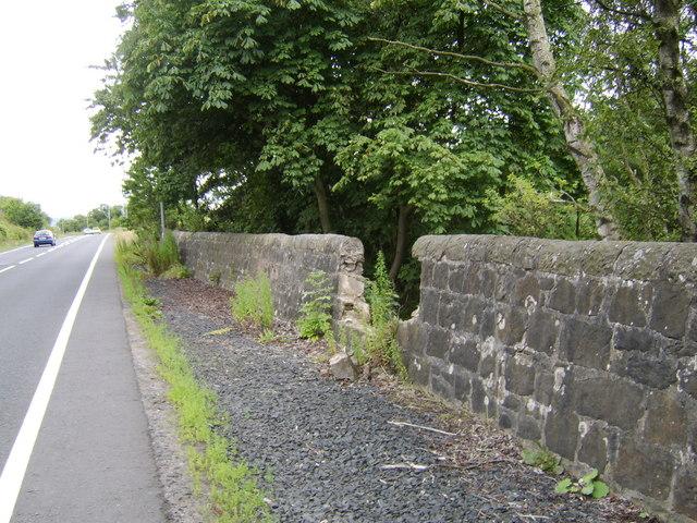 Damaged wall by Southbar Road