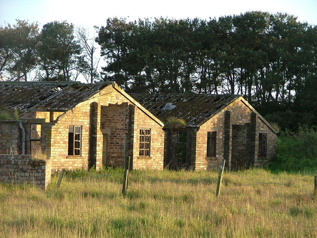 Abandoned WW2 buildings at Loanhead