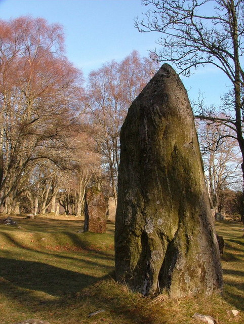 Standing stones at Clava chambered cairns site.