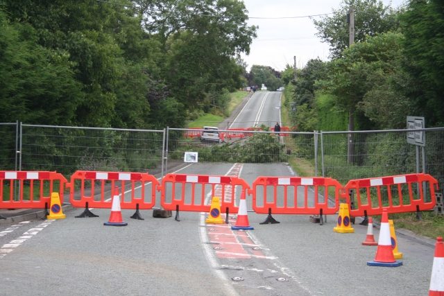 July 2007 Floods - Disintegrated B4084, Cropthorne