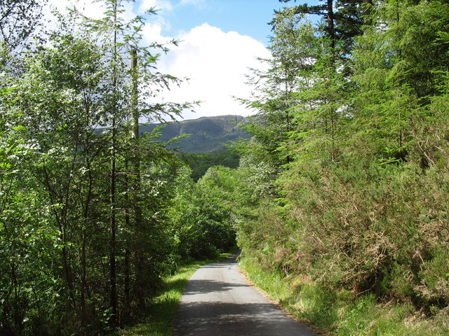 The road to Pont ar Eden