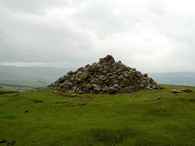 Foel Fenlli Summit