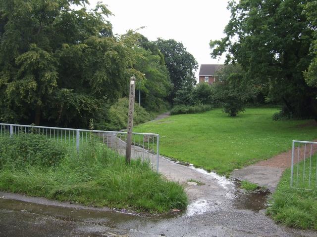 Footpath from Featherstone Hall Farm