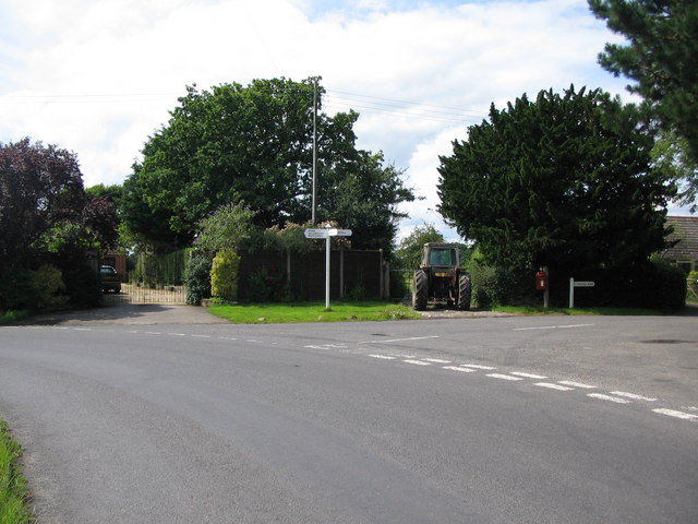 Junction for Sedgehill Manor