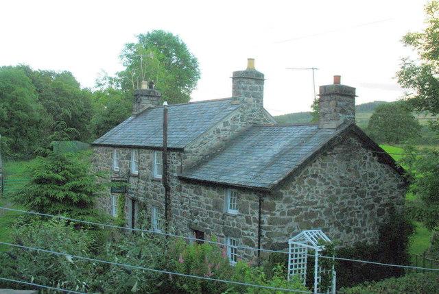 The former Tafarn yr Helyg Inn