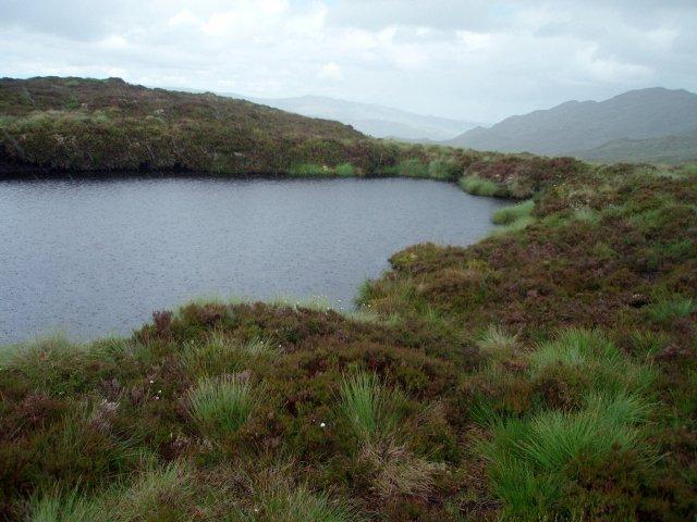 Small Lochan, Creagan na Mointeich