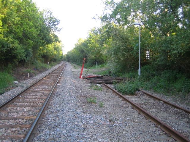 Buffers, railway line near Calvert
