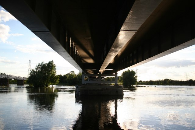 Under Dunham Bridge