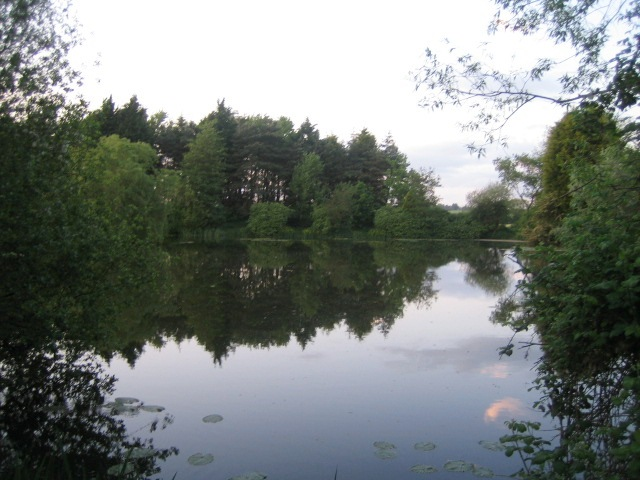 Jubilee Lake, Three Bridge Mill near Twyford