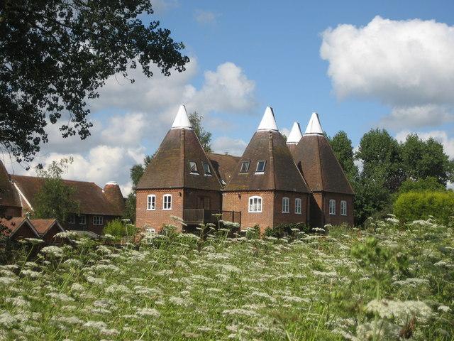 Latch Wood Oast & Lakeview Oast, Three Chimneys Farm, Bedgebury Road,near Goudhurst, Kent