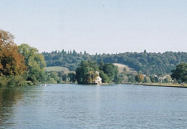 2002 : Temple Island, River Thames