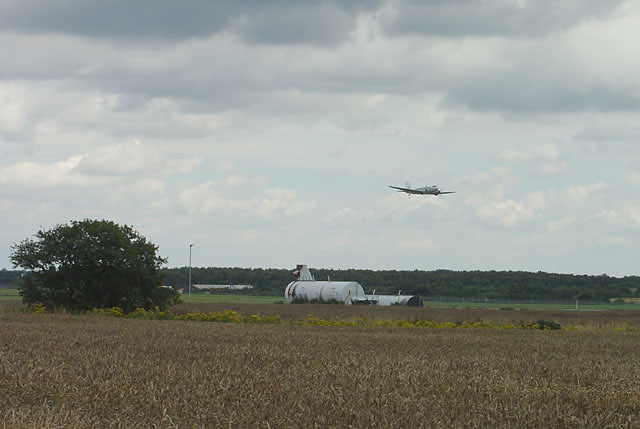 Douglas DC3 (Dakota) leaving Robin Hood Airport