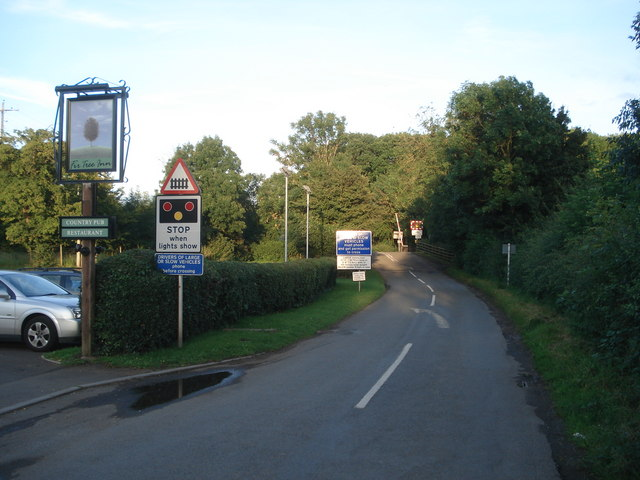 Level crossing at Dunhampstead