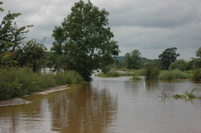 Flooded lane at Severn Stoke