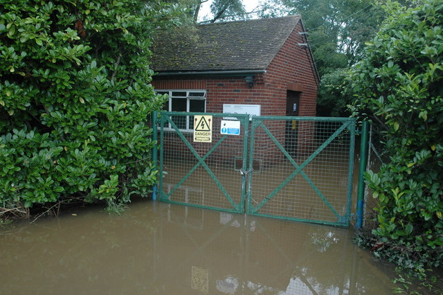 Flooded pumping station, Baughton