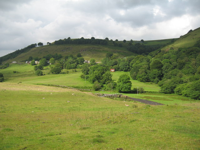 View of Troedrhiwgwair from Bedwellty Pit Tip.
