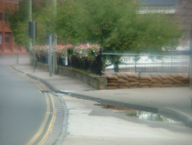 The Quay (A4301) - Sandbags in place