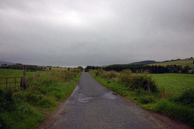 road from Burnhervie to Chapel of Garioch