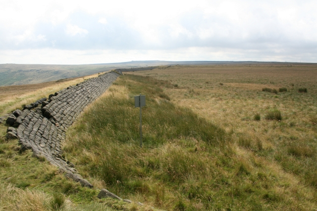 North Eastern Wall of Empty Part of Gaddings Dam.