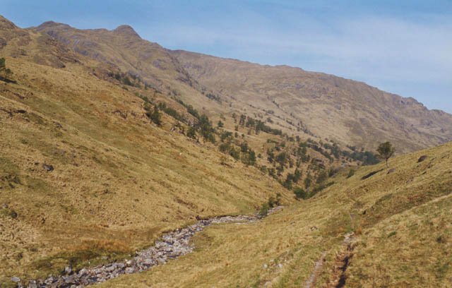 Looking down lower Gleann Unndalain