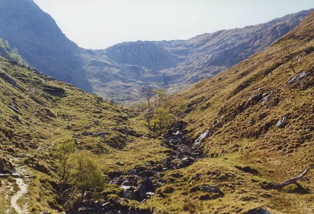 Approaching upper Gleann Unndalain