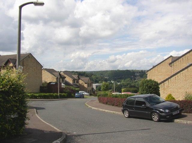 Calder View, Rastrick