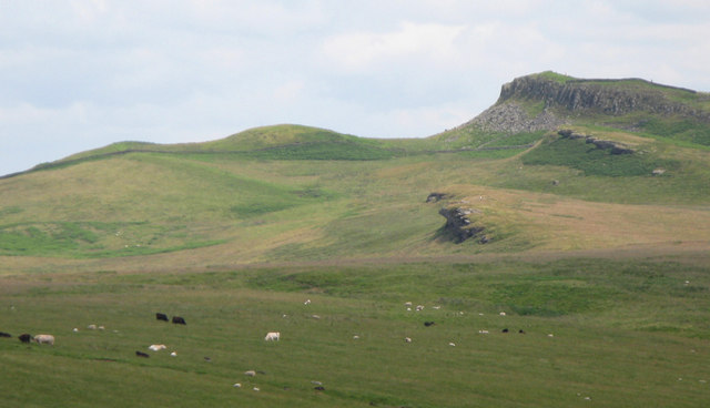 Sewingshield Crags