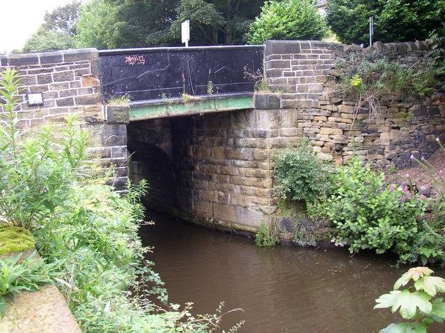 Canal bridge, Low Westwood Lane, Golcar