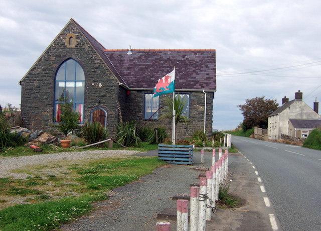 Yr hen ysgol/the old school,   Carnhedryn