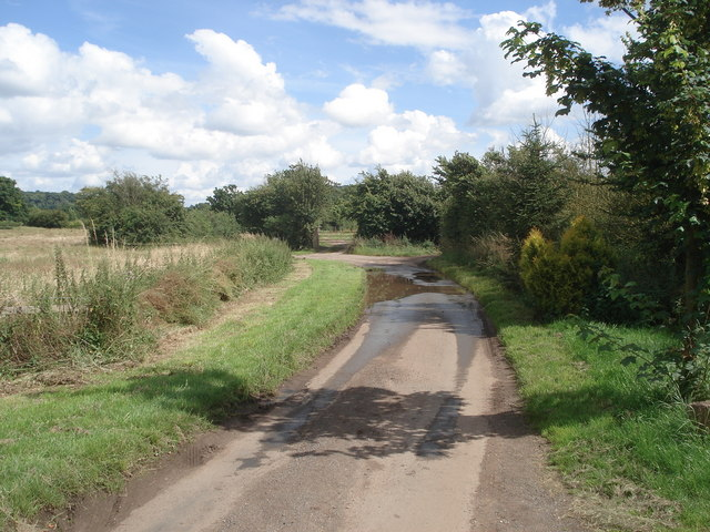 Lane near Astwood Farm