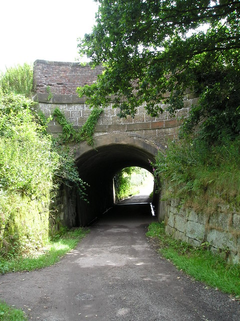 Footpath under the Canal at Little Bollington