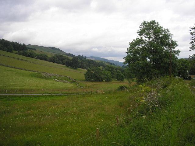 Looking down Glen Fincastle