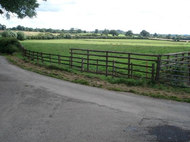 Farmland near Astwood Bridge