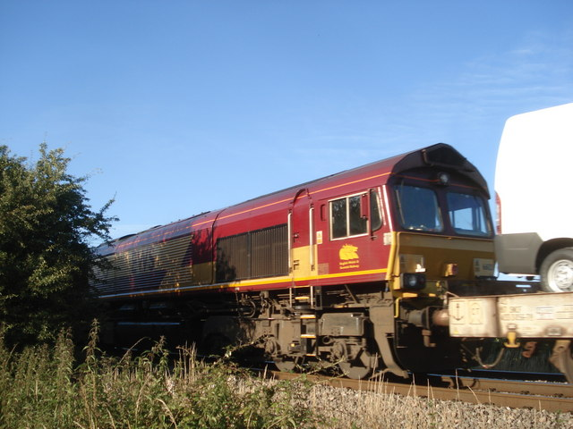 Freight train at Oddingley