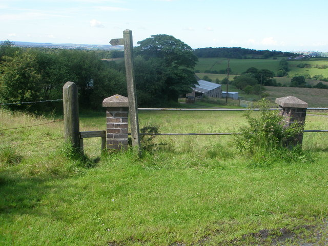 Footpath to Cowall Moor