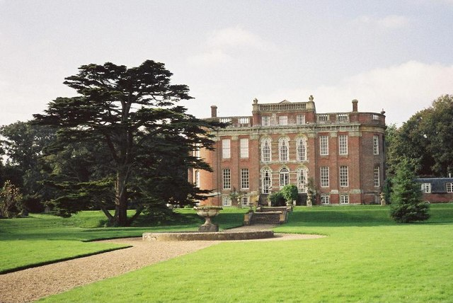 Chettle House and gardens