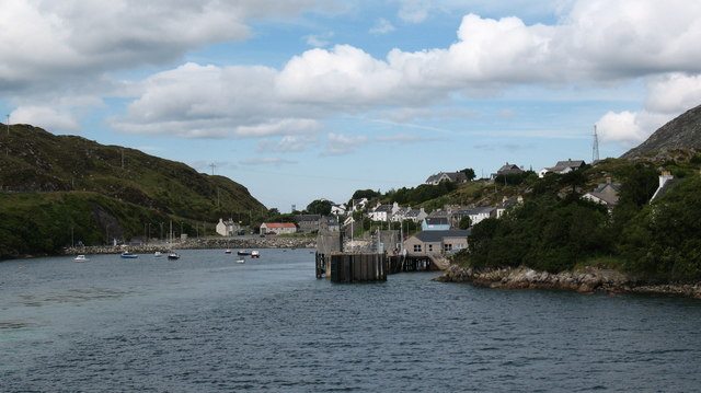 Leaving Tarbert Pier