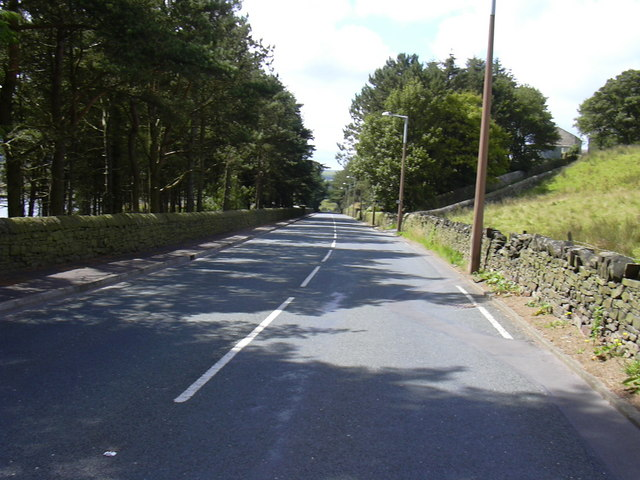 B6238 Towards Waterfoot