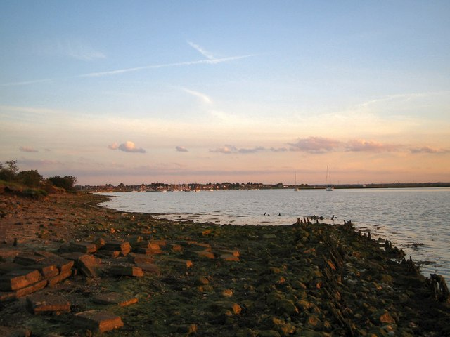 South-side of the Entrance to Lawling Creek, Maylandsea
