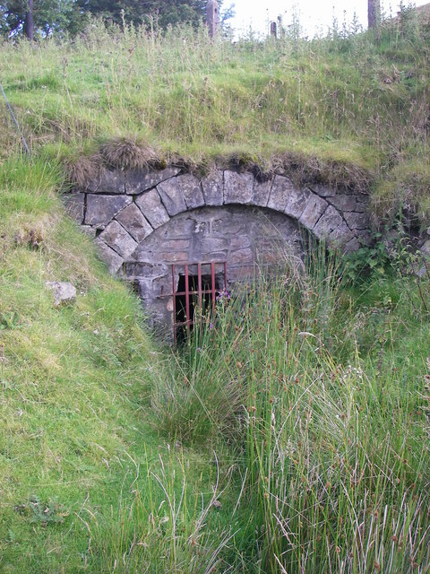 Pwll Du tunnel entrance