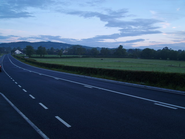 Road into Huntley early morning