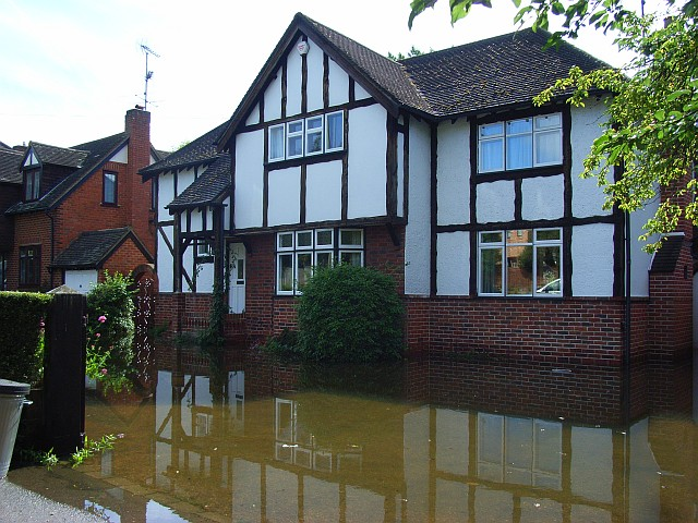 House in floods, Loddon Bridge Road, Woodley
