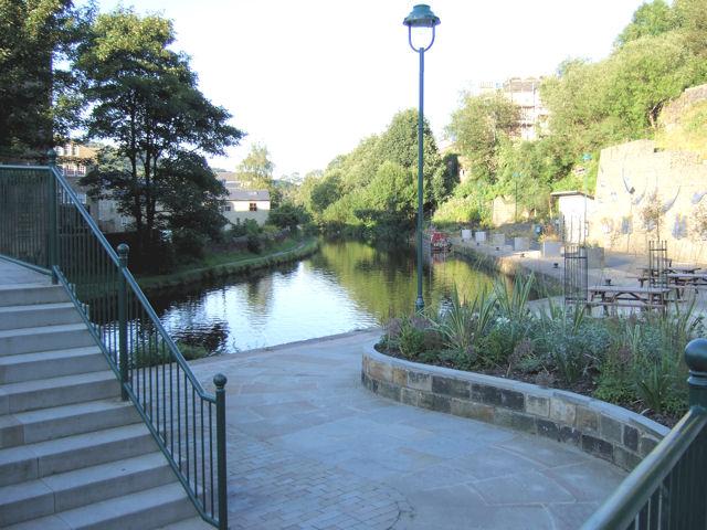 Todmorden - Rochdale Canal from Rochdale Road