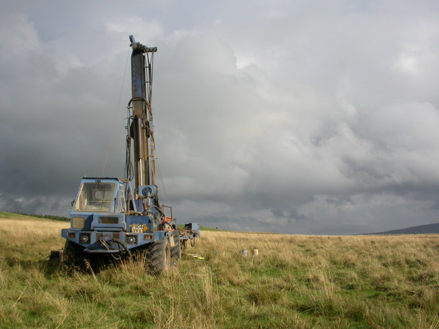 Drill rig above Heights