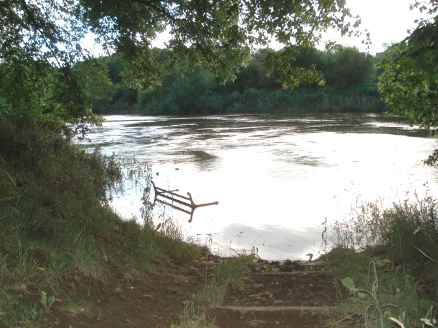 Riverside seat at Pitchcroft
